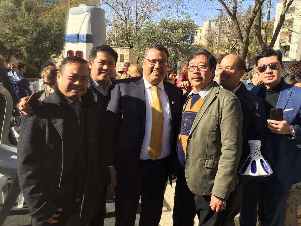 Mayor Moshe Leon 6